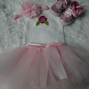 Other - New born tutu set w/onesie, shoes and headband